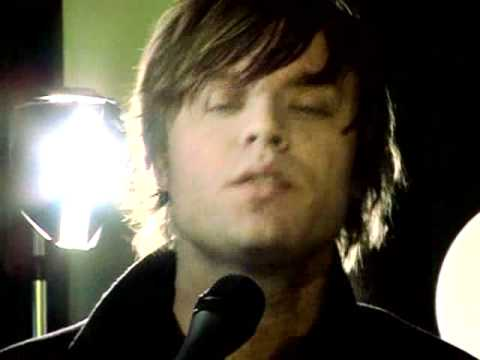 Mando Diao - Dance With Somebody (Akustik Version) HD
