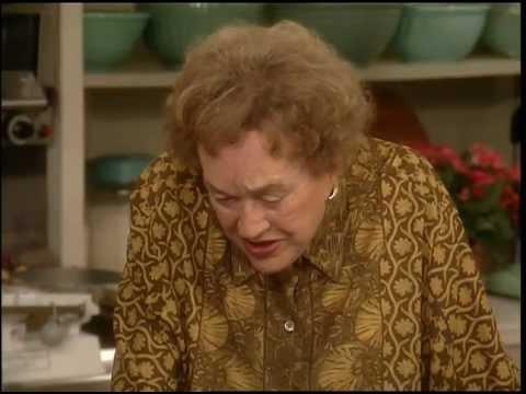 Bearnaise Sauce with Julia Child ⎢Martha Stewart
