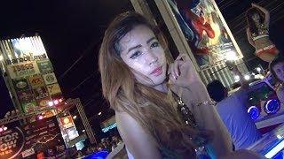 getlinkyoutube.com-Laem Chabang Car Audio Show with Coyote Dancers 2014 File 14
