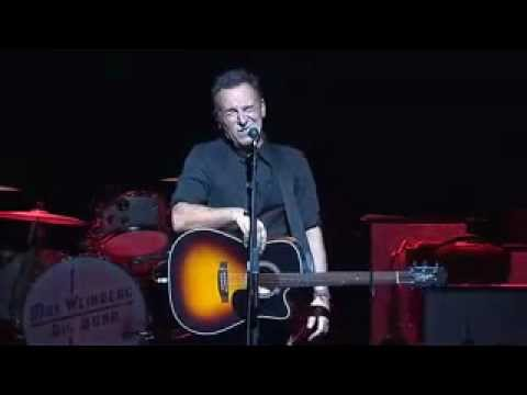 working on the highway ( pro shot) stand up for heros 2012 - bruce springsteen