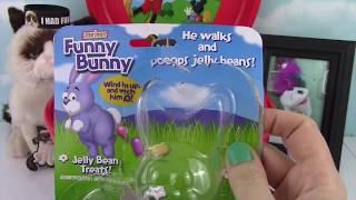 getlinkyoutube.com-Wacky Toilet Surprise Wednesday! Potty Blind Bags &  Surprise Eggs! Plants Vs  Zombies Monster High