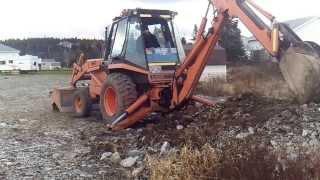 getlinkyoutube.com-Tractor working