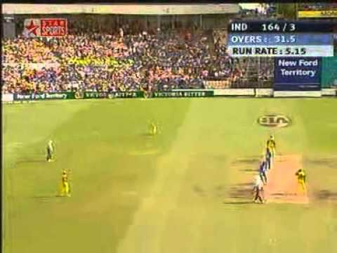 yuvraj singh Australia Sydney 2004 century