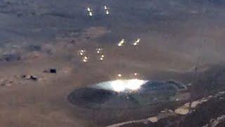 getlinkyoutube.com-Pasażer amerykańskich linii lotniczych sfotografował dziwny obiekt, na pustyni w Nevadzie