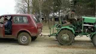getlinkyoutube.com-niva 1,6 vs traktor 1,6d