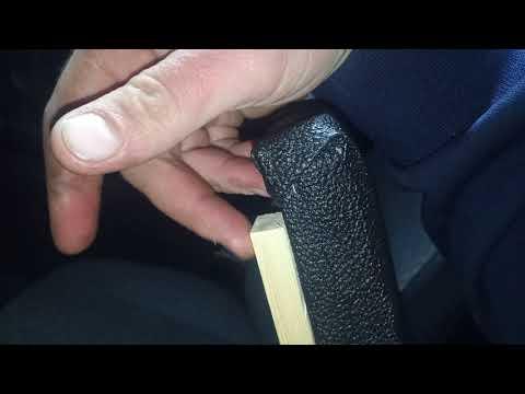 Подлокотник на УАЗ Хантер своими руками за три часа.
