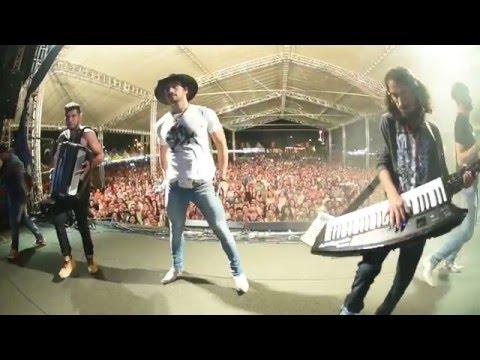 Munhoz e Mariano- Amor a 3 (clipe oficial)