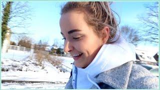 getlinkyoutube.com-Sneeuw, een zieke Pip en een nieuwe camera ✦ JILL VLOG #787