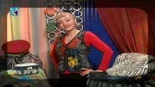 getlinkyoutube.com-Делаем мех из старого свитера и шьем жилетку и шаль. Создаем бусы из трикотажа. Мастер класс