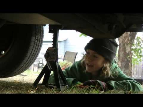 Brake Pads and Rotor Replacement - Chevy Astro GMC Safari - So easy a kid could do it!