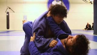getlinkyoutube.com-Kurt Osiander Move of the Week - Choke from Guard