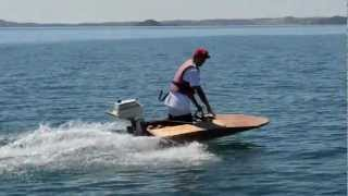 getlinkyoutube.com-homemade speed boat, minimost (scowturbo)