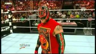 getlinkyoutube.com-Raw 16_05_11 - Rey Mysterio vs Alberto Del Rio ITA  1_2_(360p).flv