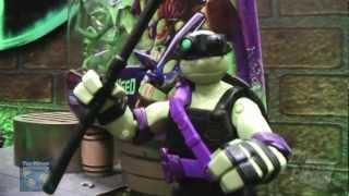 getlinkyoutube.com-Toy Fair 2013: Playmates Teenage Mutant Ninja Turtles Figure Showroom Footage