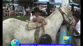 getlinkyoutube.com-DESTREZAS Y JINETEADAS EN HERRERA 2013