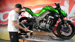 getlinkyoutube.com-Kawasaki Z1000 Exhaust Install