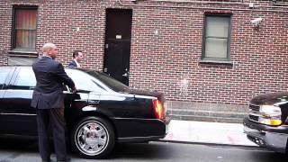 getlinkyoutube.com-Secret Service closed the whole street for British PM David Cameron