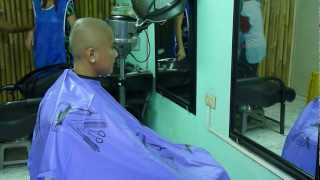 getlinkyoutube.com-Preparing to shave head