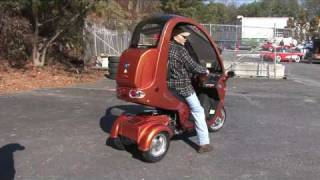 MotoMojo Tri-Elite 150 3 Wheel Scooter