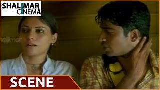 getlinkyoutube.com-Juniors Movie || Shireen Tempts Allari Naresh