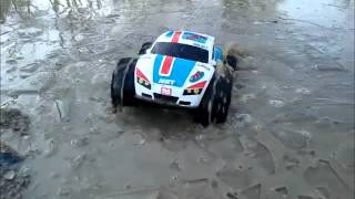 getlinkyoutube.com-Nikko Vaporizr sur la glace — On Ice and Water (2013)