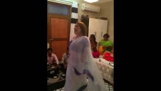 getlinkyoutube.com-devi kinnar eid party -2