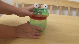 getlinkyoutube.com-Recycled Project Ideas for Kids: Funny Frog From Plastic Bottle