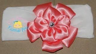 getlinkyoutube.com-Faixa de meia de seda com flor de fita de cetim - Passo a Passo (DIY)