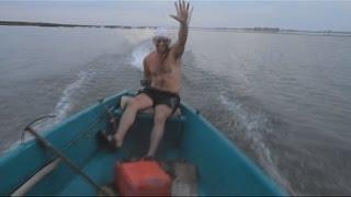 getlinkyoutube.com-Приколы на рыбалке | Funny Fishing | Пьяные рыбаки на рыбалке 7