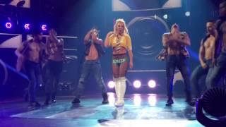 Gimme More - Britney Spears - Apple Music Festival #AMF10