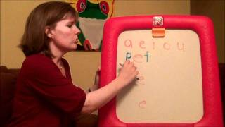 getlinkyoutube.com-How to teach a child to read: Three letter words