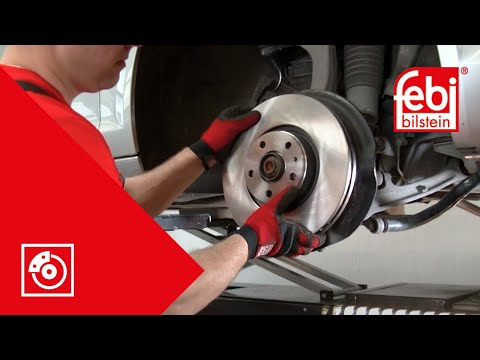 (RU) Замена передних тормозных колодок и дисков