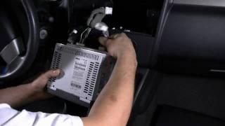 getlinkyoutube.com-GROM-USB2 interface: Nissan Versa 2008 iPod iPhone USB Android adapter interface Install guide