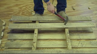getlinkyoutube.com-How to EASILY and QUICKLY take apart a pallet!