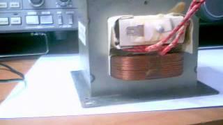 getlinkyoutube.com-Trasformatore dell forno a microonde modificato per lineari valvolari