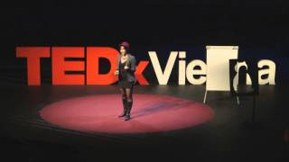What if we were the size of an atom? | Gabriela Barreto Lemos | TEDxVienna