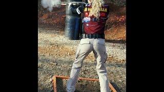 getlinkyoutube.com-Janna Reeves shooting Remington Versamax Shotgun Championship #2