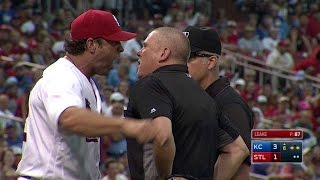 KC@STL: Matheny gets tossed after Royals' challenge