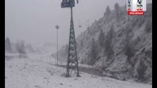 औली में भारी बर्फबारी