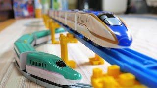 getlinkyoutube.com-プラレールとダイソープチ電車で立体交差?コメントにお答えしプラレールとプチ電車をいっしょに走らせてみたけれど!?