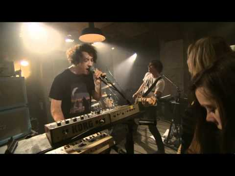The Wombats - Tokyo (Vampires and Wolves) live Berlin 2011 HD