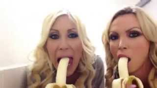 Muz Nasıl Yenir - - how to eat banana