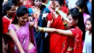 getlinkyoutube.com-Dali nughyo charile tekera डाली नुघ्यो चरीले टेकेर - Ramji Khand & Devi Gharti Magar