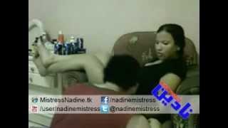 getlinkyoutube.com-Mistress Nadine - Slapping Slave مسترس نادين بتلطش لكلب بالالم