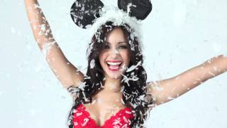 "getlinkyoutube.com-The Melanie Iglesias Flip Book: Part 4 ""Christmas Edition"""