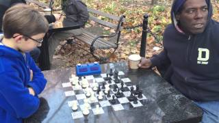 getlinkyoutube.com-Washington Square Chess Hustling - John Beats Cornbread TWICE