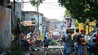 getlinkyoutube.com-Railway Kereta Api : Langsiran KA Pertamina Kota Malang