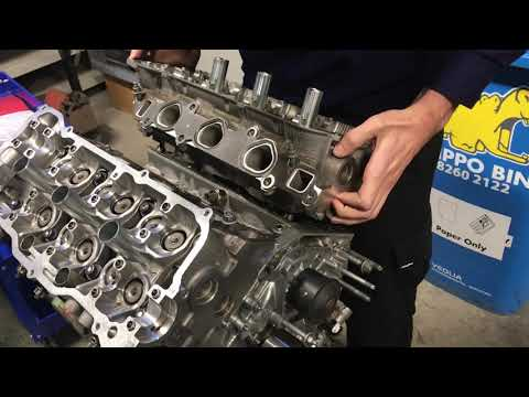 Расположение фильтра двигателя в Lotus Exige