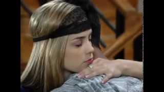 getlinkyoutube.com-Alice tenta consolar Pedro abraçando-o