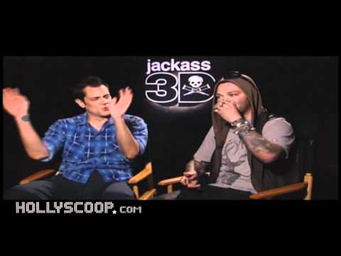 Jackass 3D - Johnny Knoxville & Bam Margera